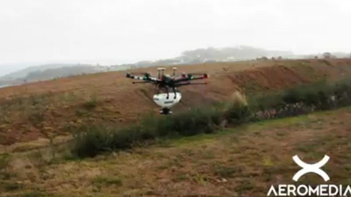 AEROMEDIA PRESENTA SU DRON CON DISPOSITIVO SIEMBRA