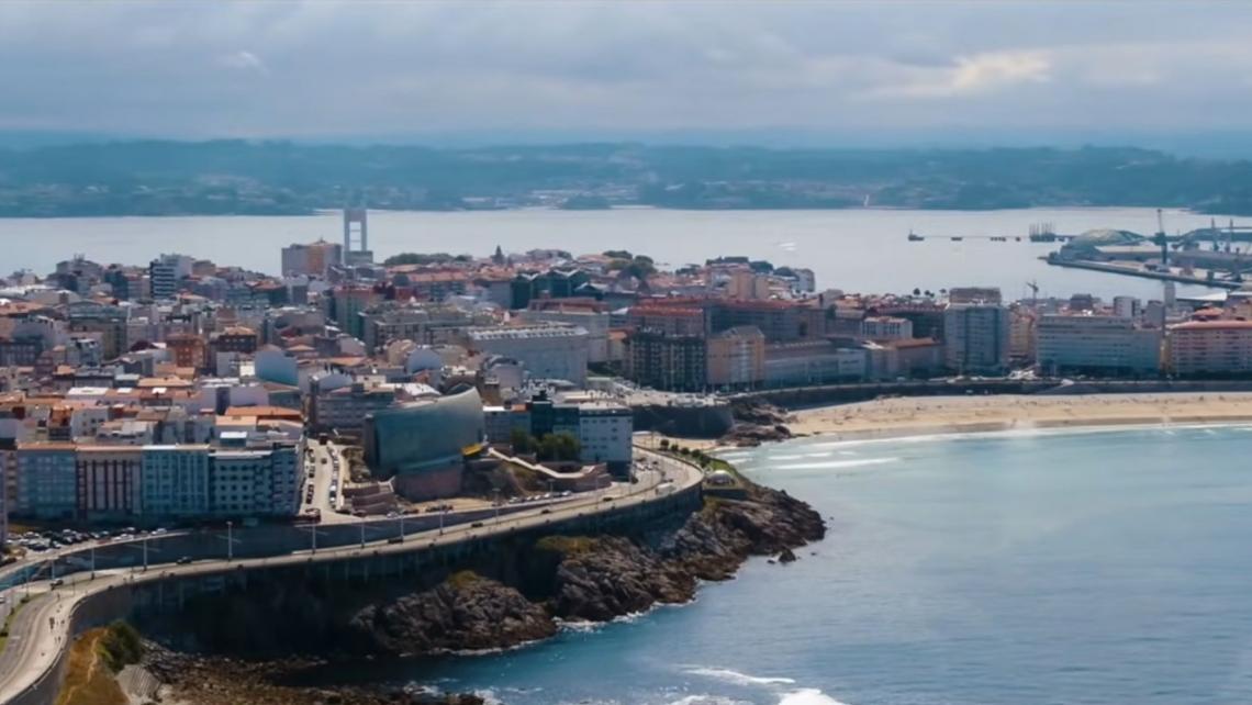 Aeromedia realiza tomas aéreas para el video de Turismo de A Coruña